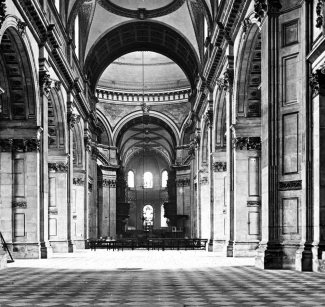 Nave of St Paul's - London